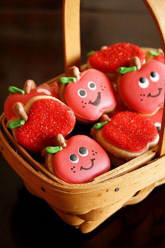 apple cookies in a basket
