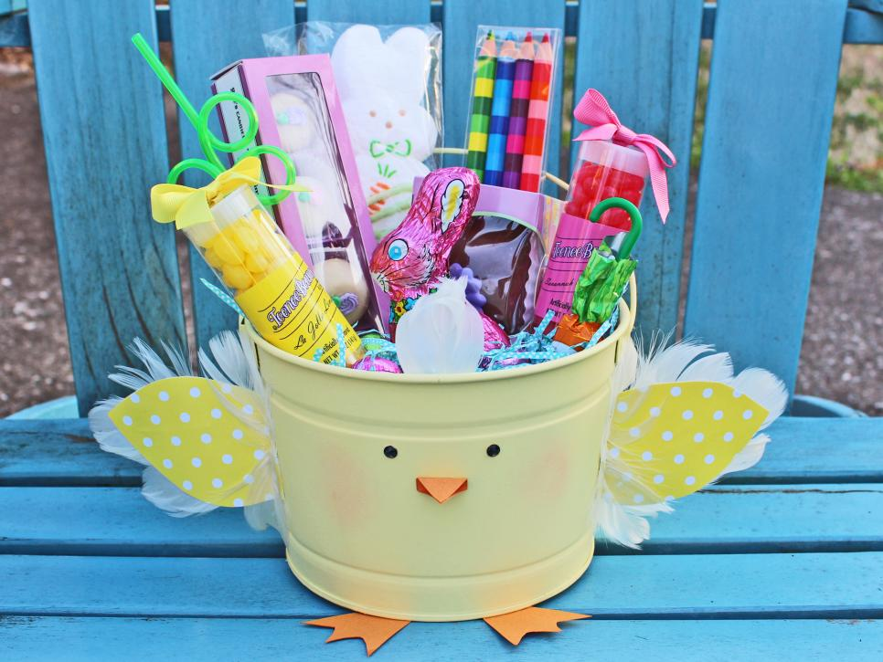 Creative Easter Basket from a pail