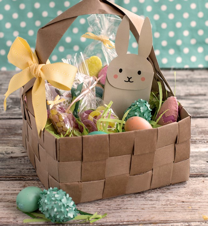 UPcycled Easter Basket using grocery bags